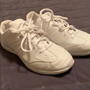 Nfinity cheer shoes BRAND New